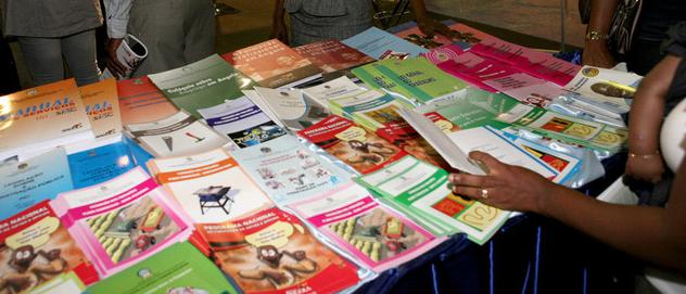 Notícias | Mais de 300 livros exposto na III edição da feira de literatura Cristã
